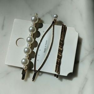 Accessories - Set of 3 Pearl Barrettes Hair Clips
